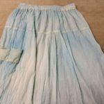 洗濯をしたスカートが別の服の色に!
